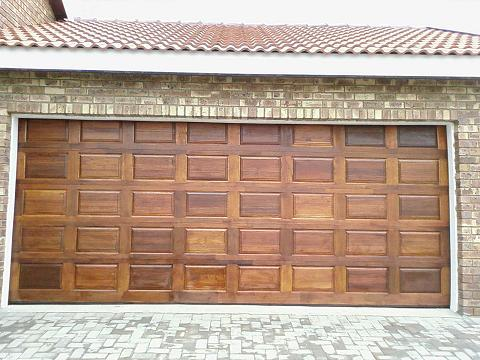 Garage door repair west sacramento ca pro garage door for Sacramento garage doors